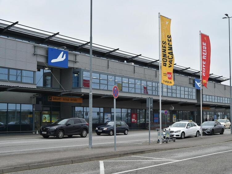 Unfall Flughafen Saarbrücken