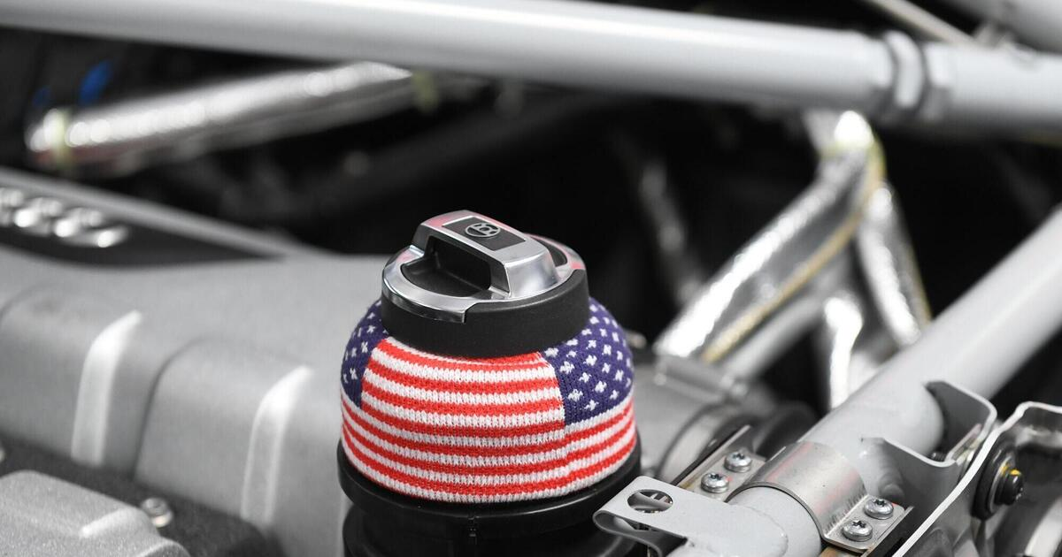 Motorsport: Textiles Accessoire im DTM-Wagen von Dev Gore ...