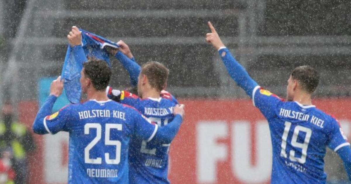 Fußball-Bundesliga 2021/17