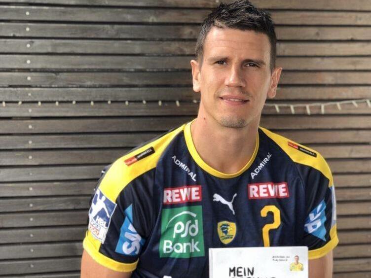 Mein Sprungwurf Rhein Neckar Lowe Andy Schmid Erzahlt Uber Sein Erstes Kinderbuch Handball Die Rheinpfalz